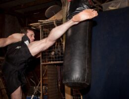 High Kick - Kickboxing